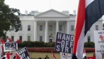 0909-SYRIA-PROTESTERS-sized.jpg full 600